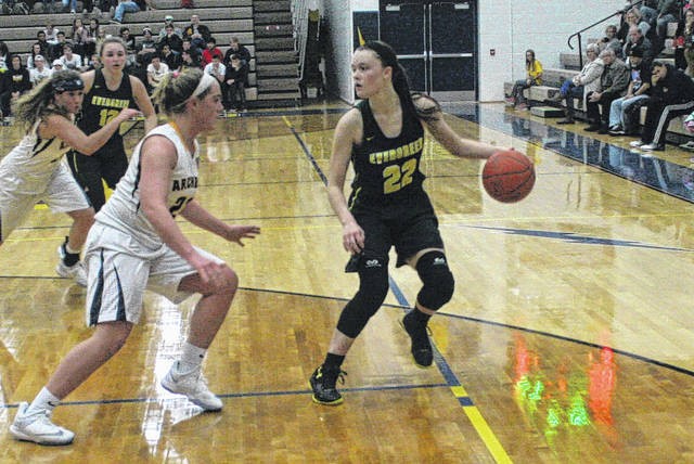 Abi Borojevich of Evergreen handles the ball in a game at Archbold Friday night. The Vikings fell to the Blue Streaks by a final of 60-33.